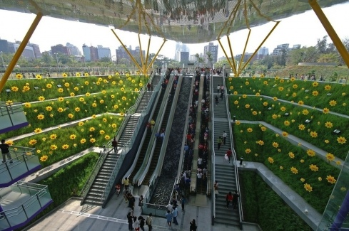 The 14 Most Beautiful Metro Stations in the World!