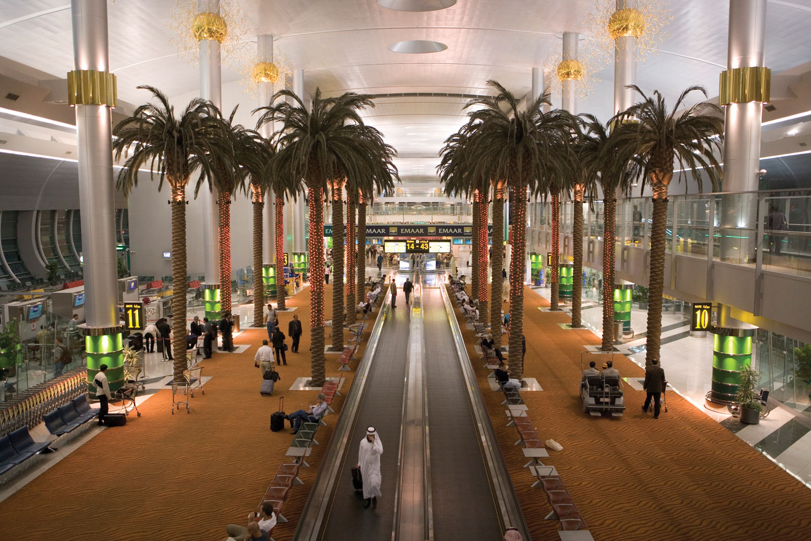 11 Stunning Airports Around the World!
