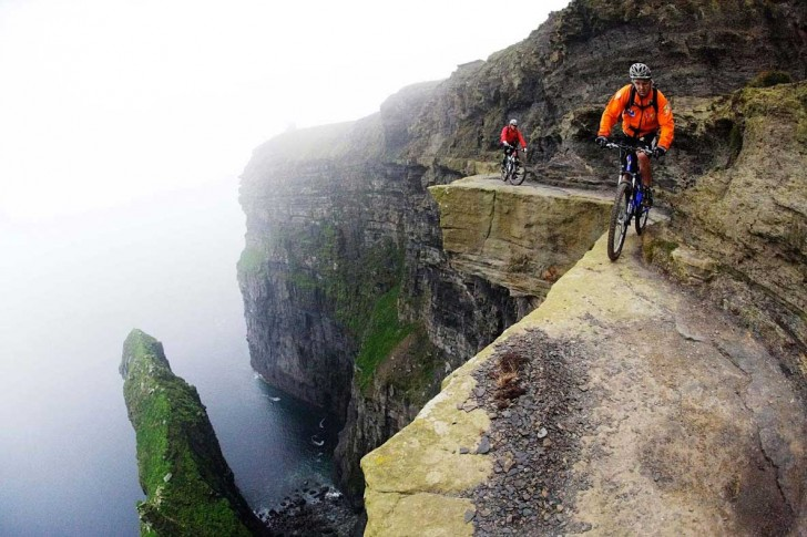 9 Most Extreme And Dangerous Tourist Destinations!