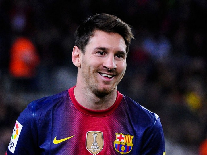 FIFA 2014: Top 10 Highest Paid Soccer Players of 2014!