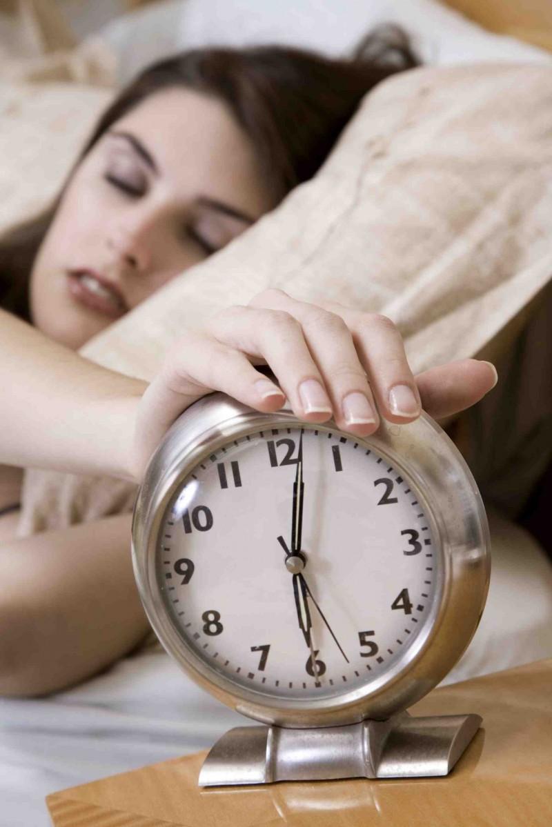 Lifehack: 7 Effective Tricks to Wake up Early!