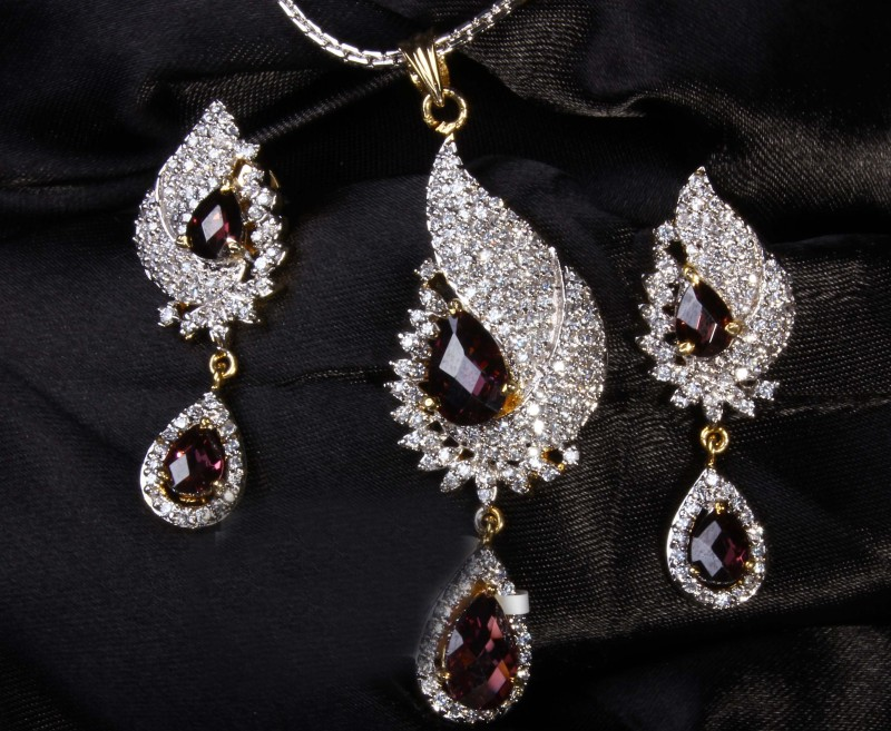 20 Surprising Facts About Jewelry!