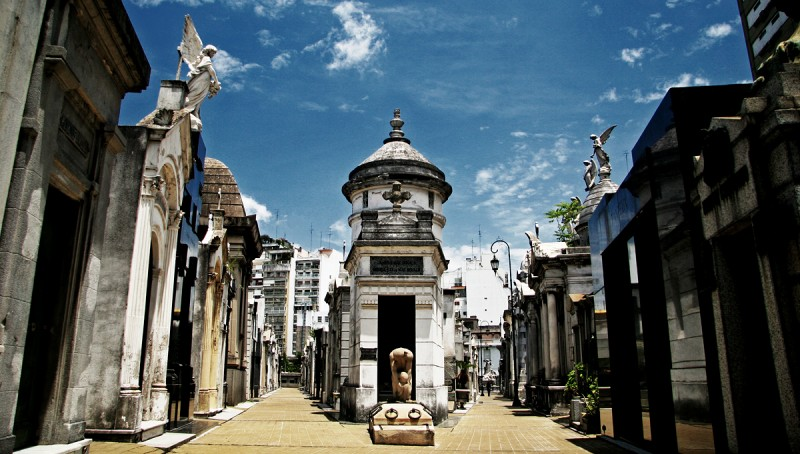 14 Cemeteries That Will Scare You Out Of Your Skin!