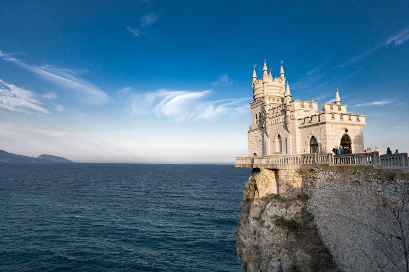 20 Amazing Castles From All Around the World You Definitely Should See!