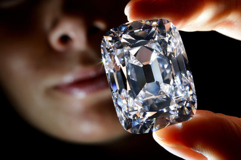Amazing: 10 Most Expensive Diamonds Sold at Auction!